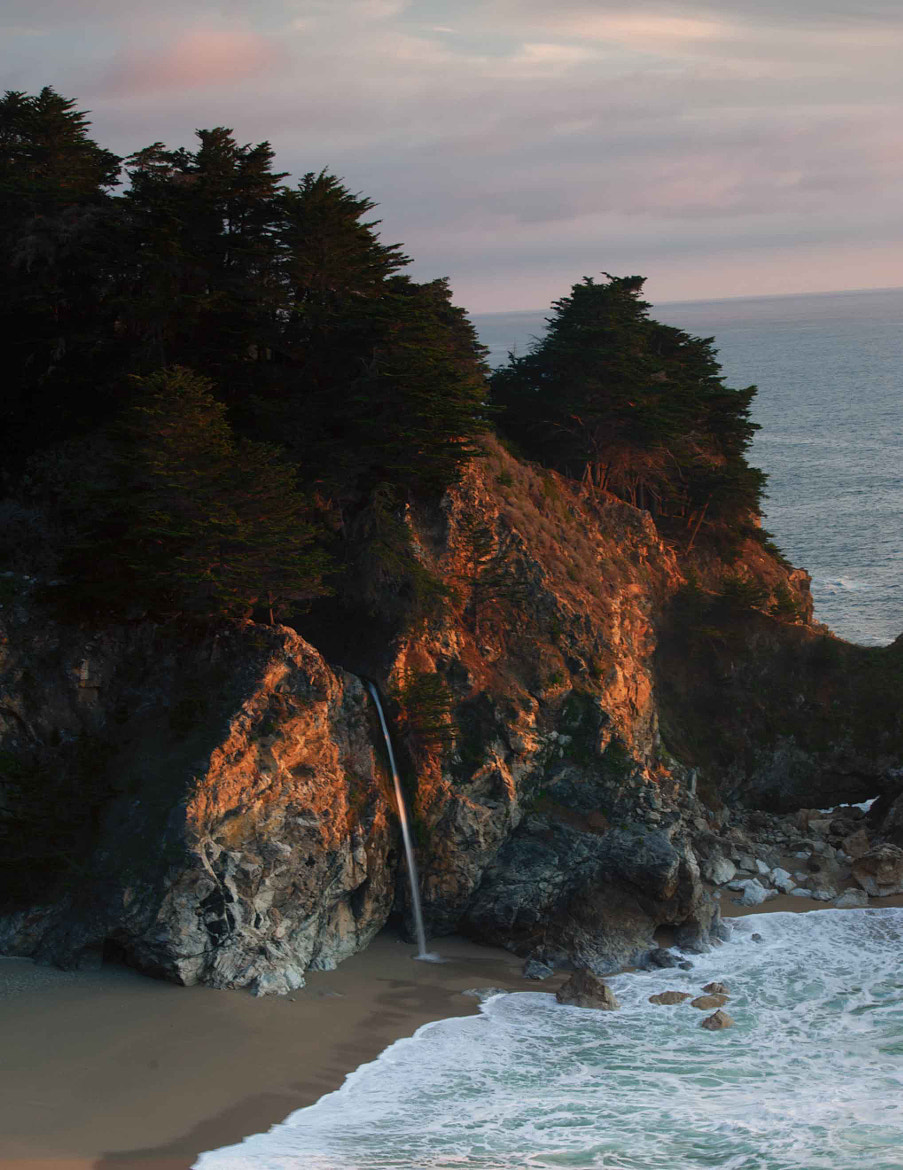 Photograph McWay Fall, Julia Pfeiffer Burns State Park by Richard Arnold on 500px