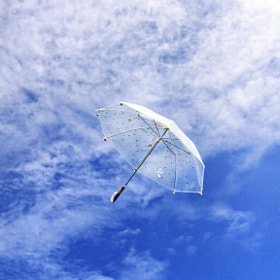 Flying Umbrella by Suradej Chuephanich (SuradejChuephanich)) on 500px.com