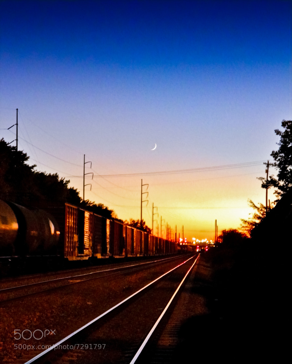 Photograph Lurking Trackside by Olu D. on 500px