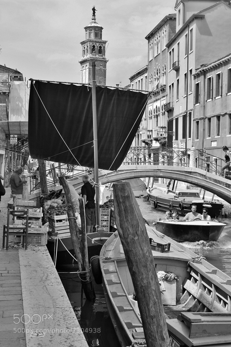 Photograph The shopping in Venice by Paolo Prior on 500px