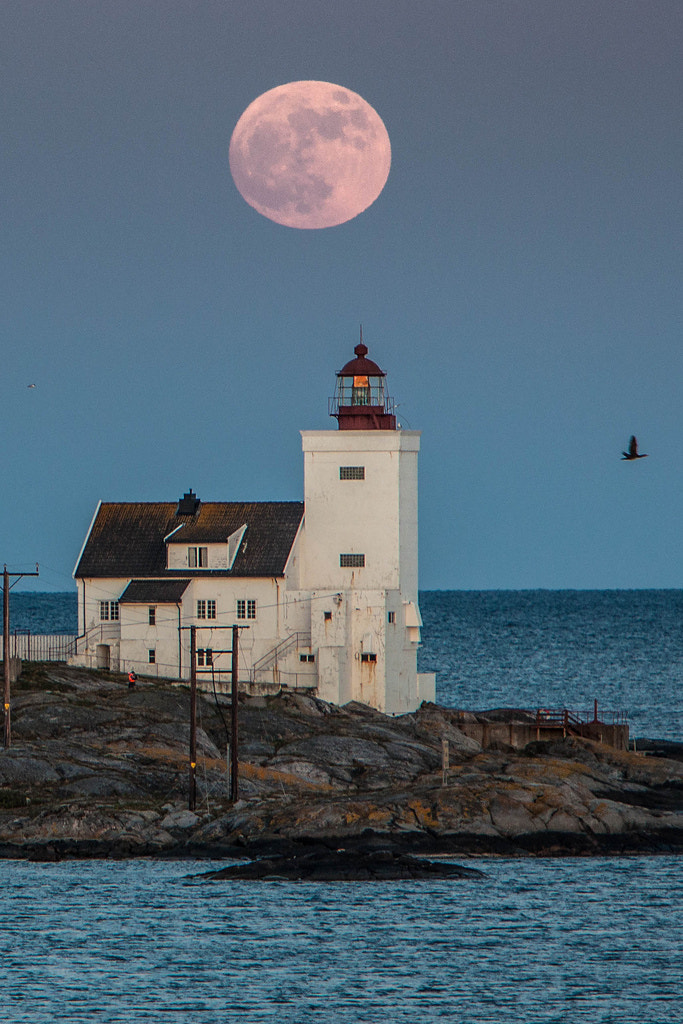 Photograph Hombor lighthouse by Tore Heggelund on 500px