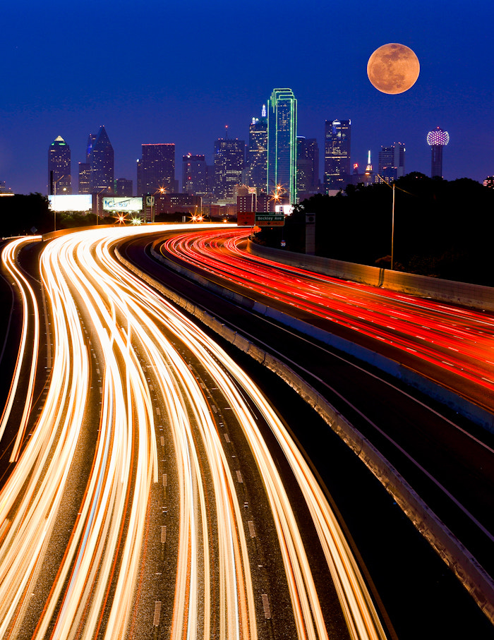 Photograph Dallas Downtown and Super Moon by Manish Mamtani on 500px