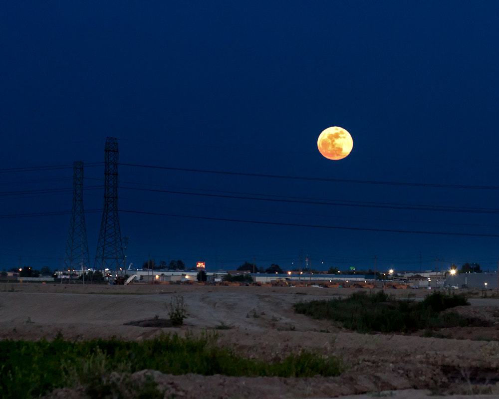 Photograph Full Moon, May 2012, Tracy, CA by Troy Montemayor on 500px
