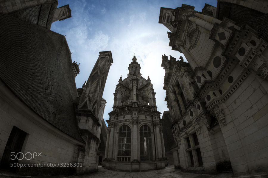 Photograph Chambord - Sur les toits by Cyril Fontaine on 500px