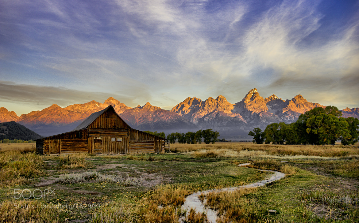 Photograph Thomas Moulton Barn by Wil Bloodworth on 500px