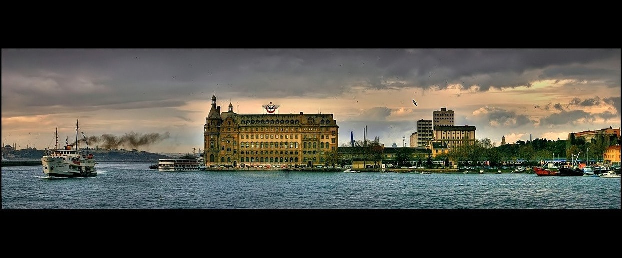 Photograph Haydarpaşa by Levent Yersal on 500px
