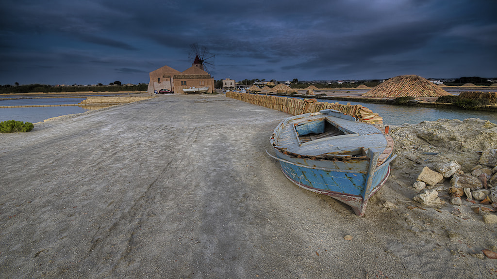 Photograph Abandoned boat  by Andrea Rapisarda on 500px