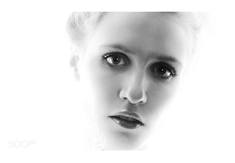 Photograph ...wit...licht... by Leon Hanssen on 500px