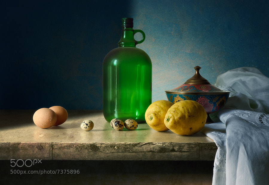 Photograph Eggs, lemons and other things by Antonio Diaz on 500px