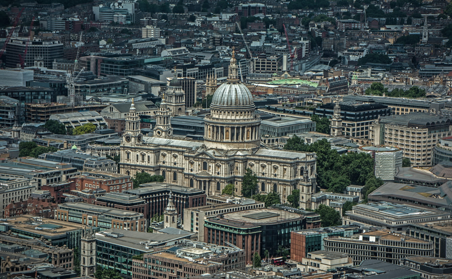 View of St. Paul's cathedral from the Shard.  Reflections were an issue. Was hoping for some divine intervention, but He must have been otherwise occupied!! :)  Dark surround job. Have a great week