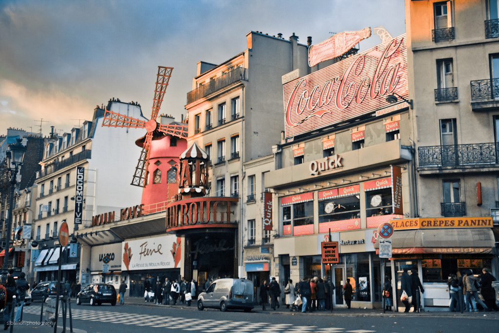 Photograph Moulin rouge (Paris, France) by Stacy Bamon on 500px