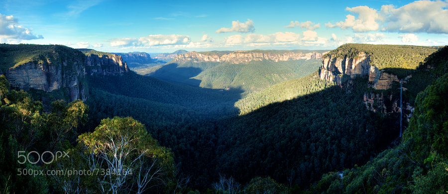 Govetts Leap Lookout, in Blackheath, NSW, Australia.