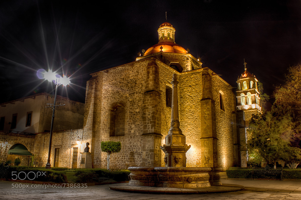 Photograph Fuente en Morelia by Anwar Vazquez on 500px