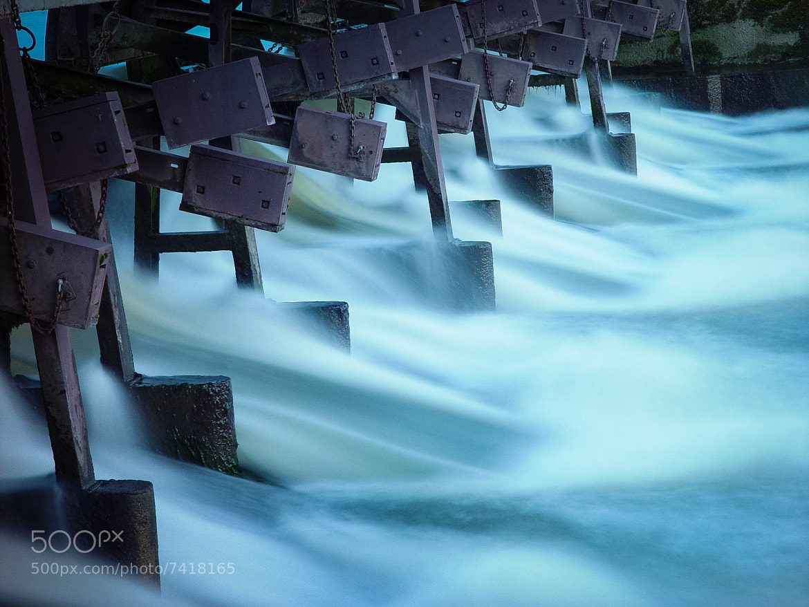Photograph The Weir by Mitt Nathwani on 500px