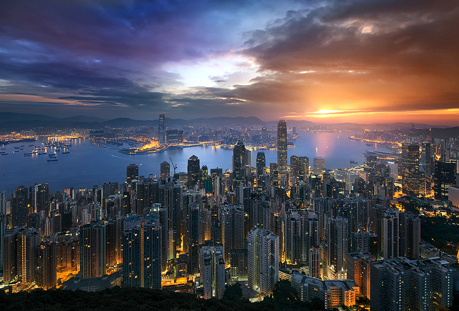 A Golden Hong Kong Morning by Jimmy Mcintyre on 500px.com