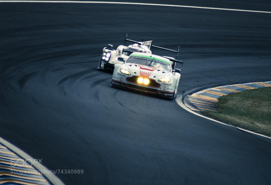 Photograph 24H00 du Mans - Porsche 919 en embuscade by Cyril Fontaine on 500px