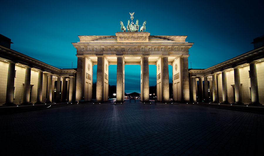 Photograph Brandenburger Tor by Thomas Straubinger on 500px