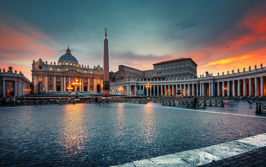 Sunset at Piazza San Pietro by 木西 AlexanDENG on 500px.com