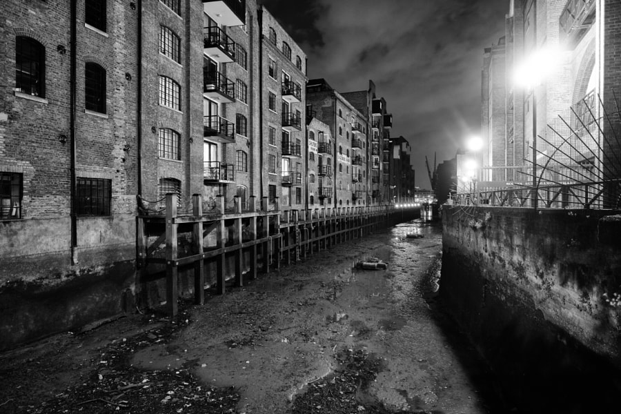 St Saviour's Dock, London