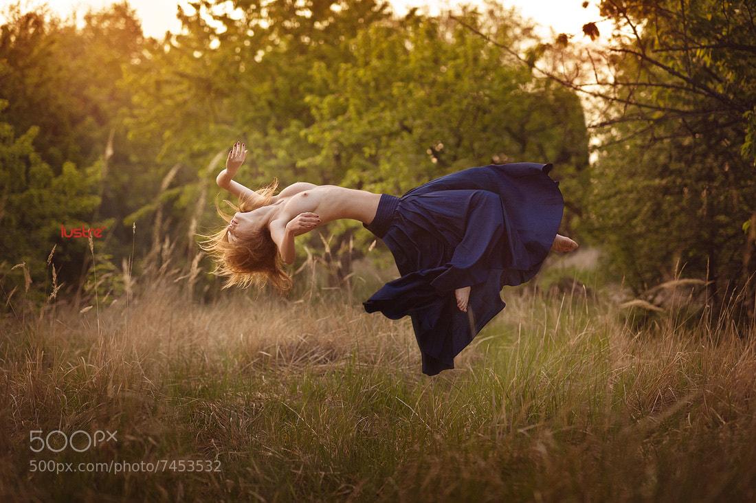 Photograph Breaking gravity by Lustré  Art Group on 500px