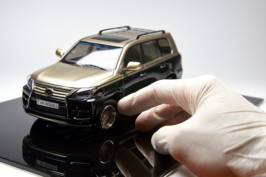 The uniq model of Lexus LX570 KHANN, scale 1/24, scratchbuild.