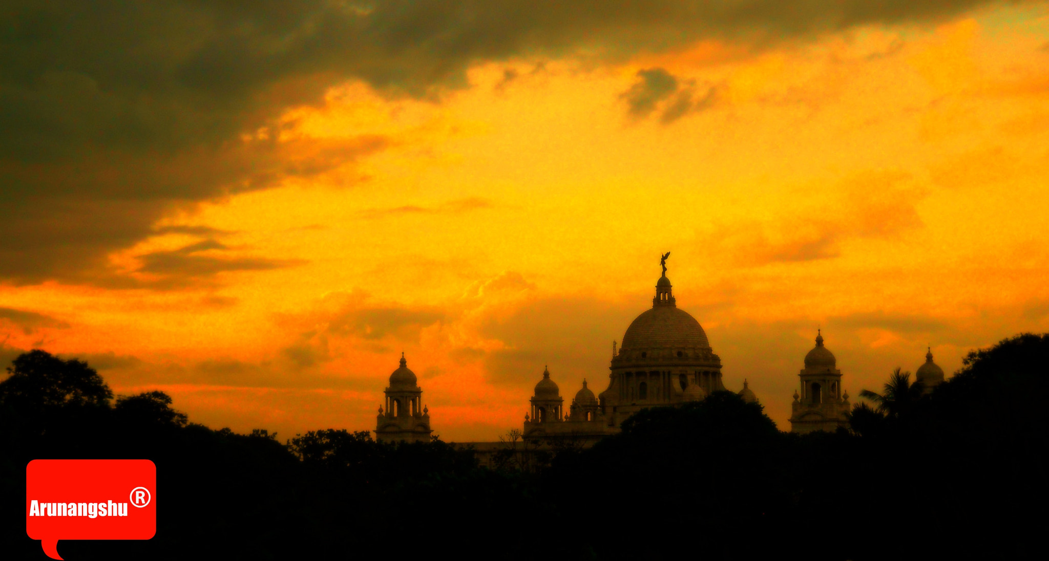Photograph The Same Sun sets in different Way  !! by Arunangshu Banerjee on 500px