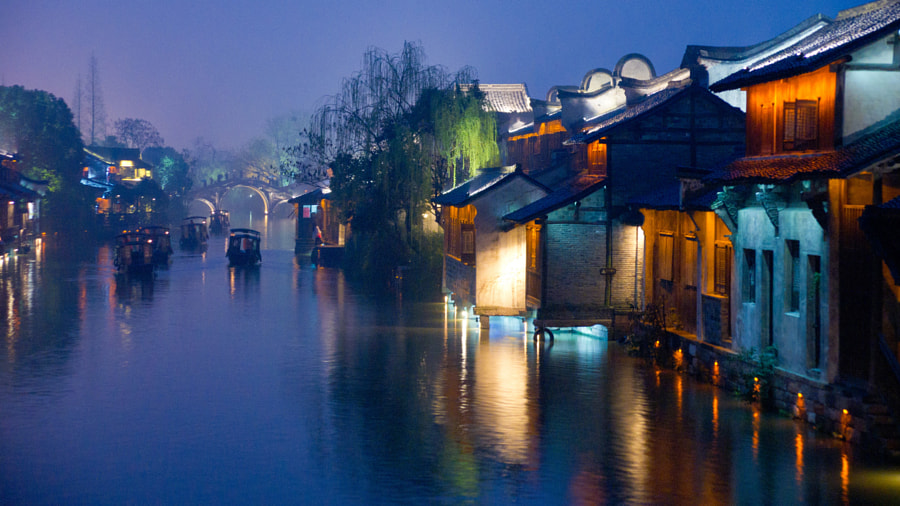 Wuzhen at night