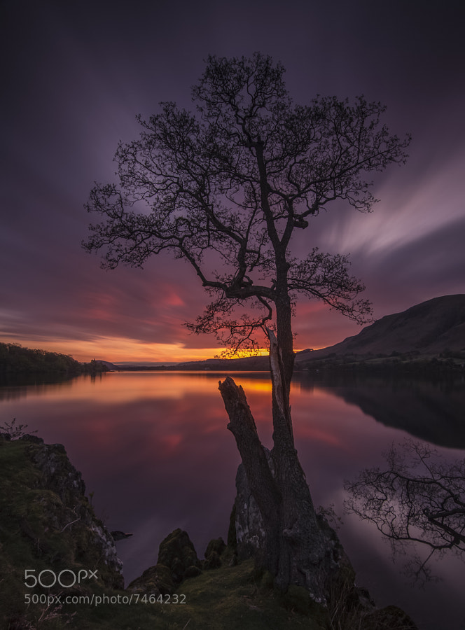 Dawn on Ullswater. I haven't touched the colours - 'warmified' by 161 seconds with the B&W110 10 stop filter. 