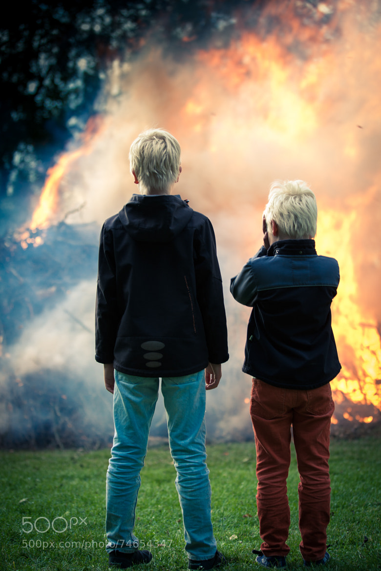 Photograph It burns by Thomas Dippel on 500px