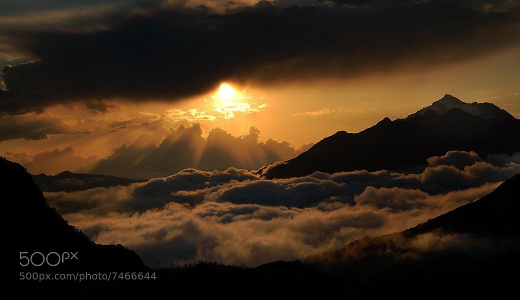 Photograph Sleeping Sun by Daniel Roy on 500px