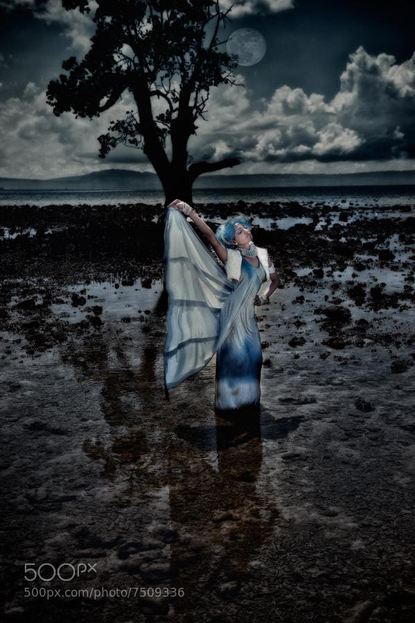 Photograph Luna by Tristan Dumlao on 500px