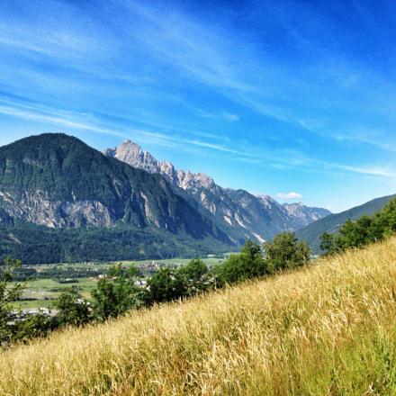 ••• mountain summer •••