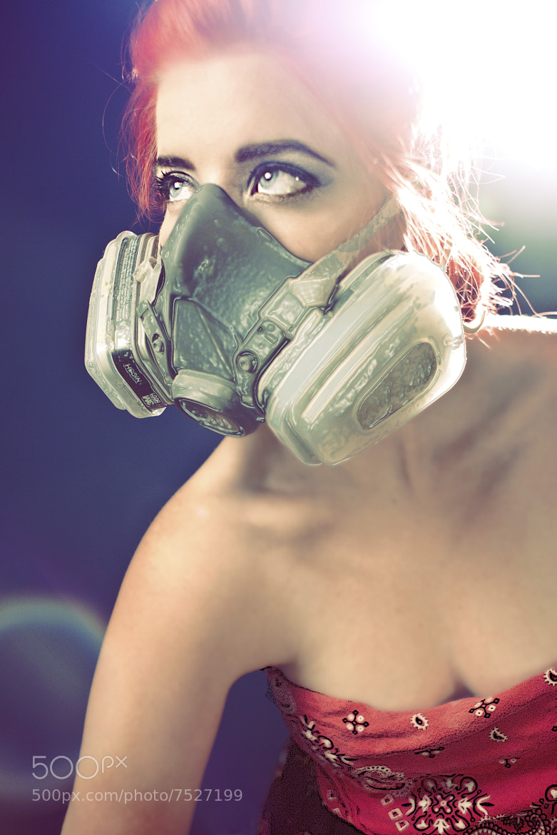 Photograph Gas Mask Diva by Jordon Loope on 500px