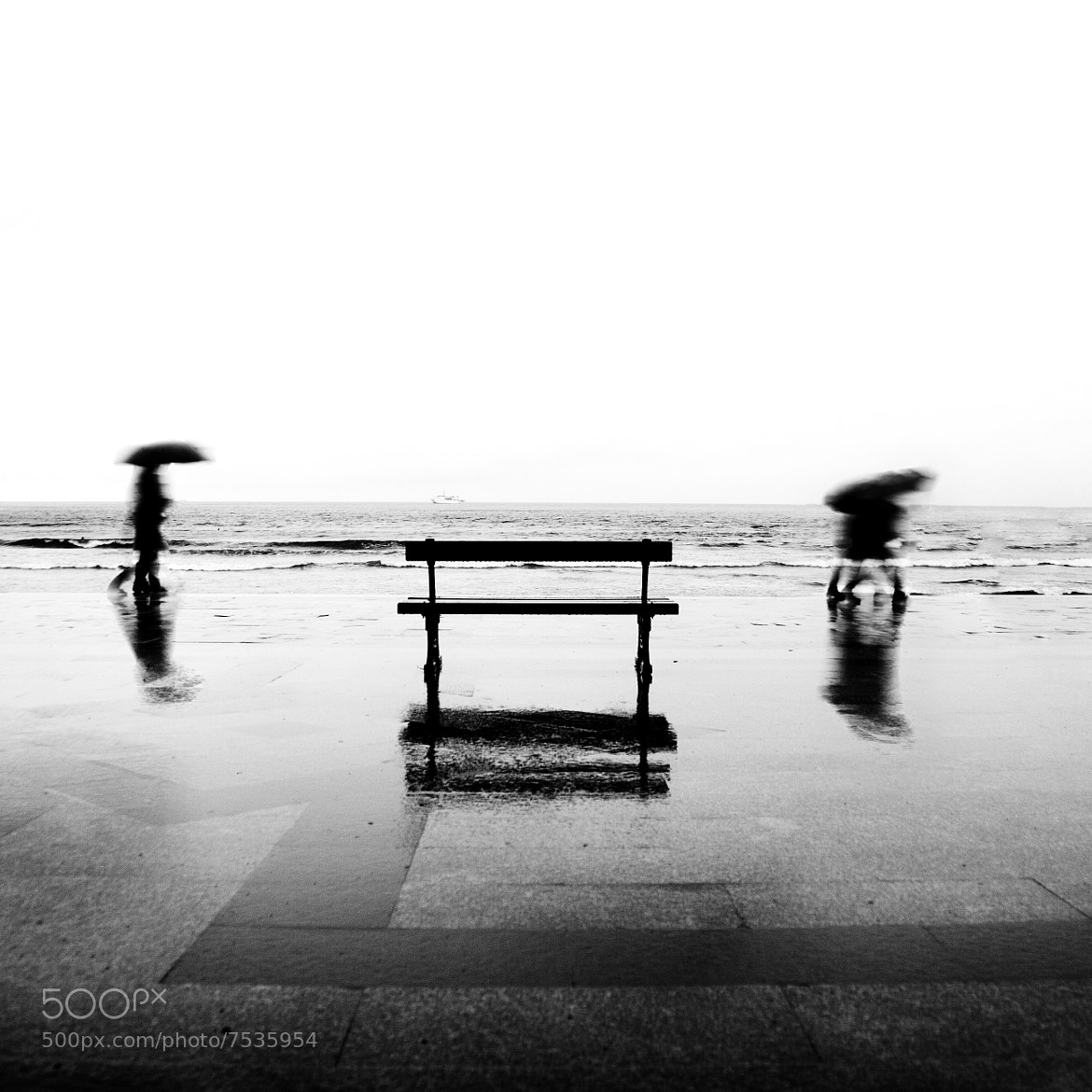 Photograph Empty bench by Javier Perez on 500px