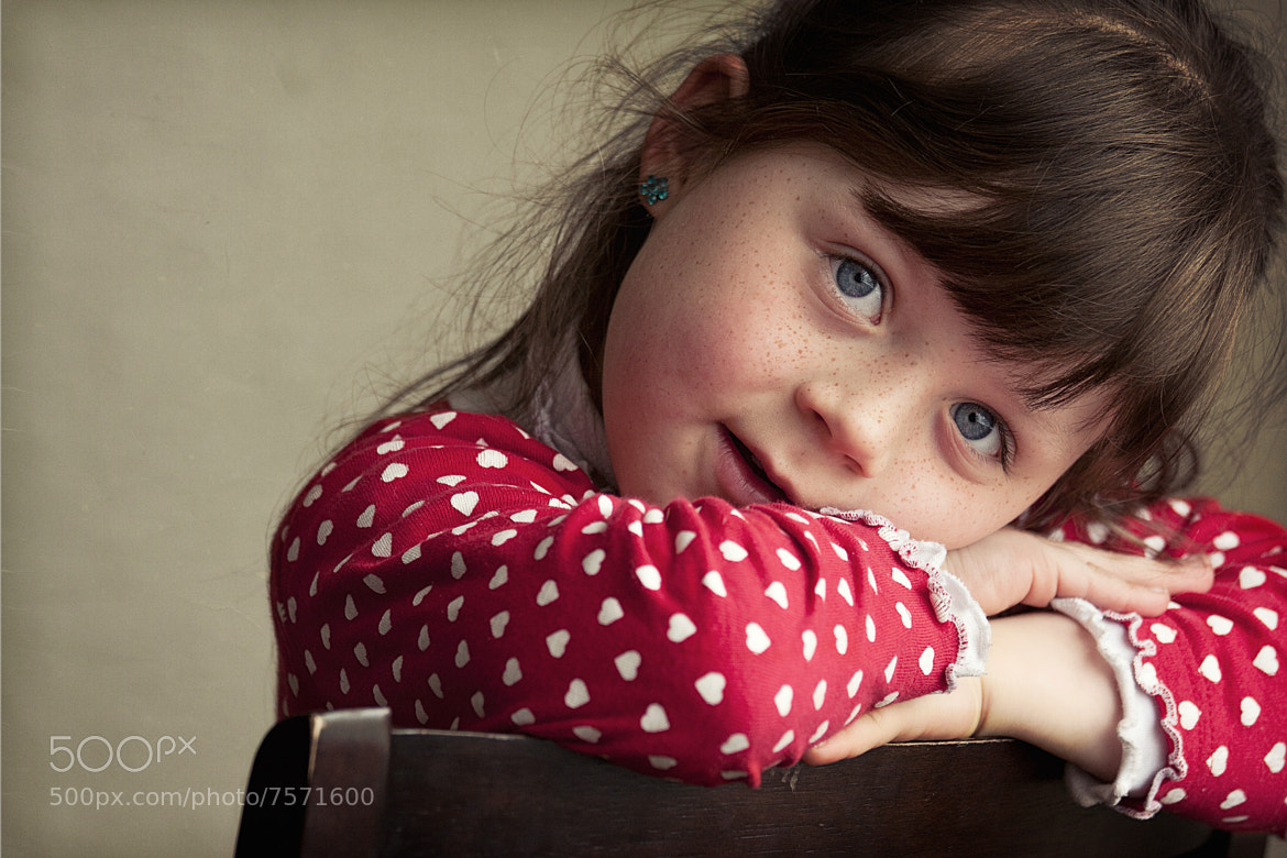 Photograph Girl by Hobby  on 500px