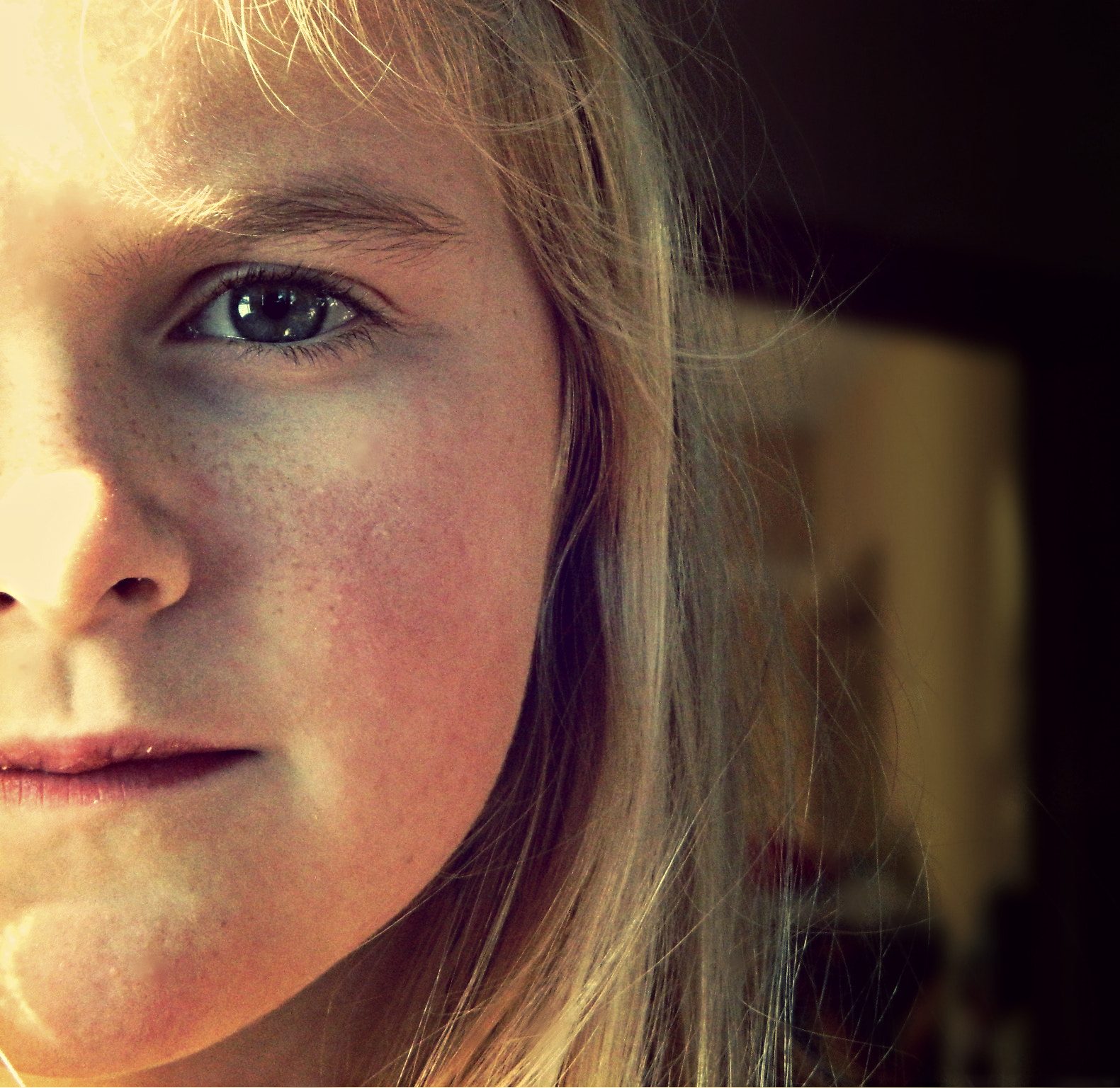 Photograph My Sister by Mariah Deschler on 500px