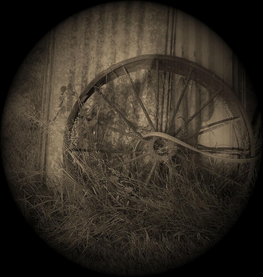 Photograph Wagon Wheel by Christina Weger on 500px