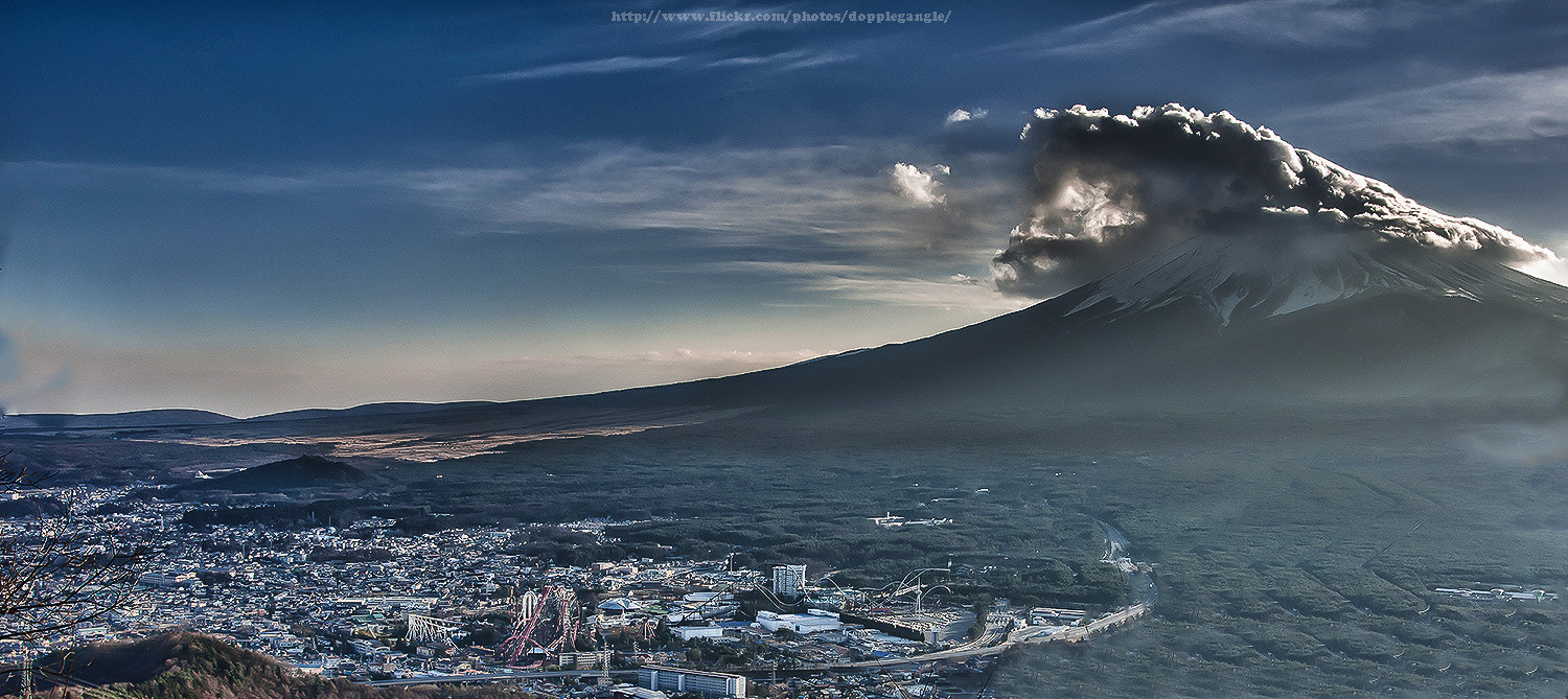 Photograph Mount Fuji with cloudy and light by Vorravut Thanareukchai on 500px