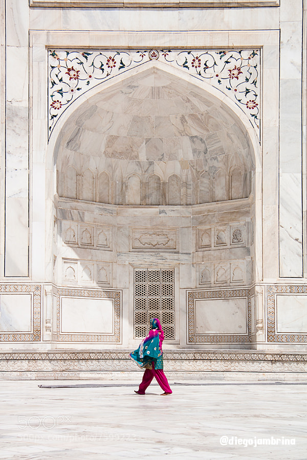 Taj Mahal by Diego Jambrina (Elhombredemackintosh) on 500px.com