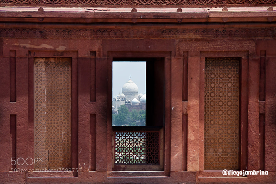 Taj Mahal desde el Fuerto Rojo by Diego Jambrina (Elhombredemackintosh) on 500px.com