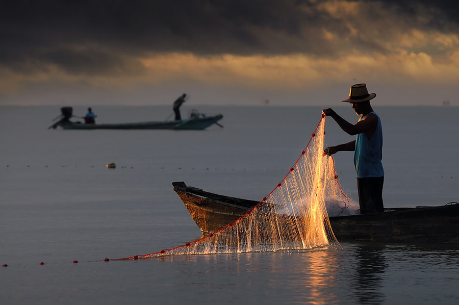 Photograph Fisher Man by Navin Nowvapong on 500px