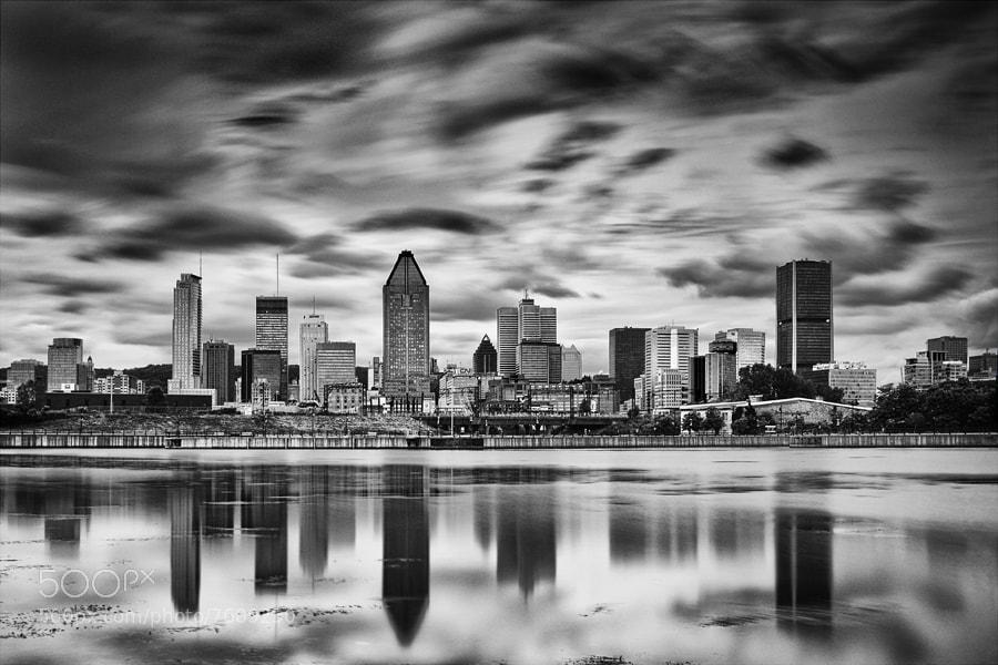 Photograph Montréal - Une autre skyline by Xavier BEAUDOUX on 500px