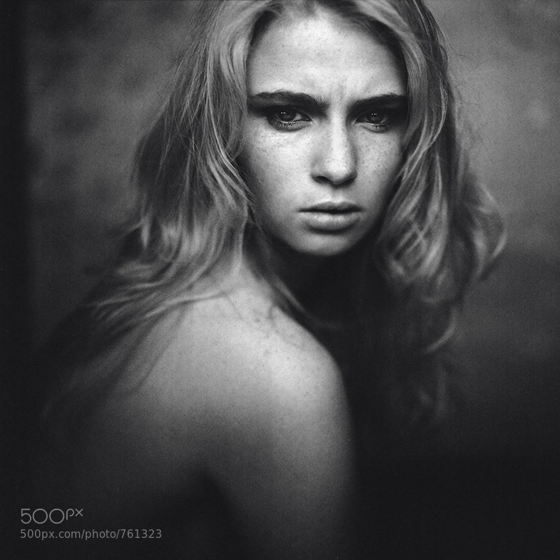 portrait photo - T. by Gregor