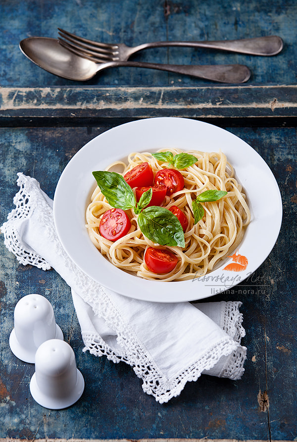 Photograph Pasta with tomato and basil by Natalia Lisovskaya on 500px