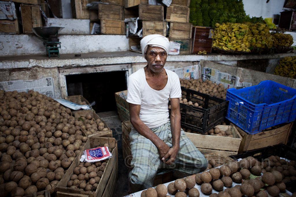 Photograph On the market in Mysore by Lars Pohlmann on 500px