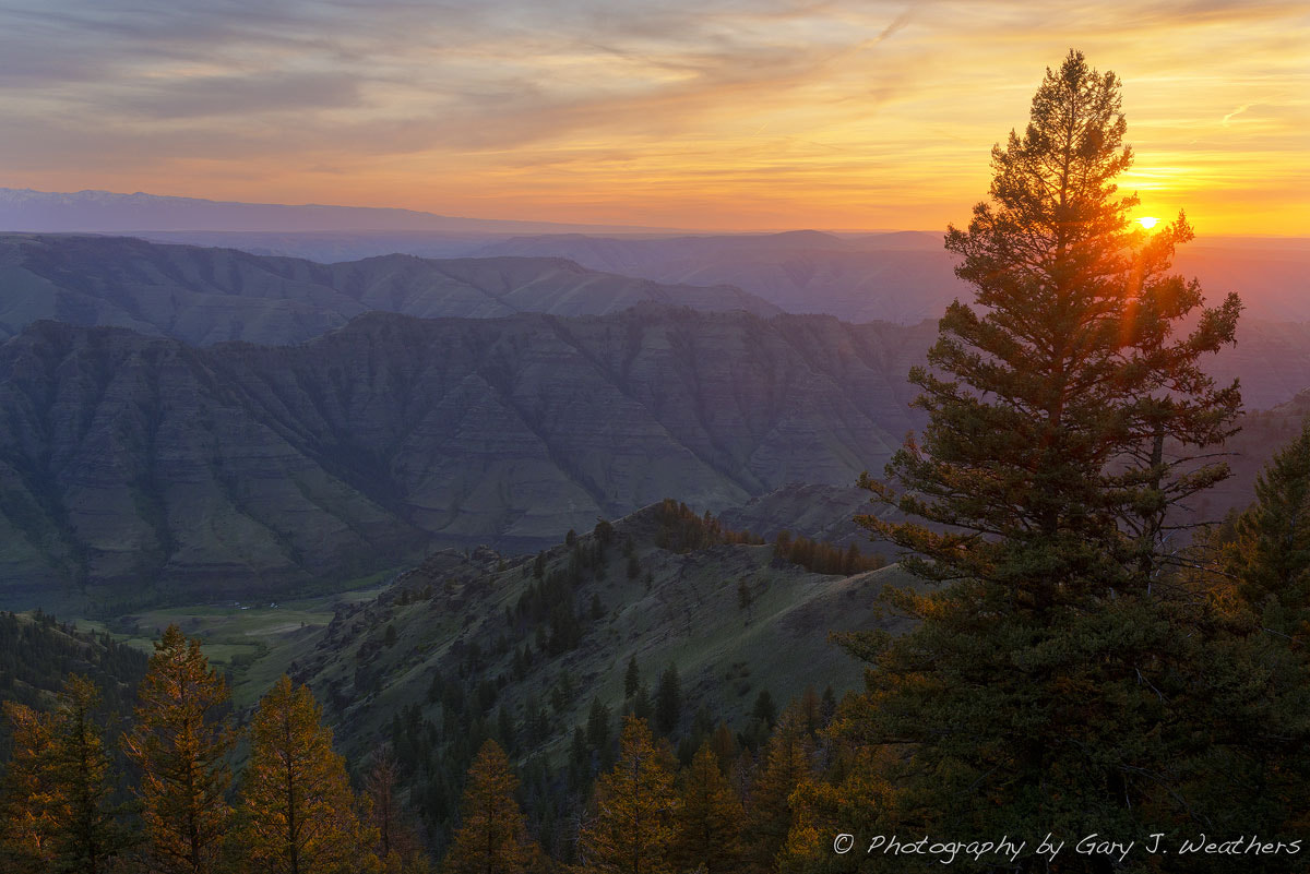 Photograph Sunset Over the Imnaha River Valley by Gary Weathers on 500px