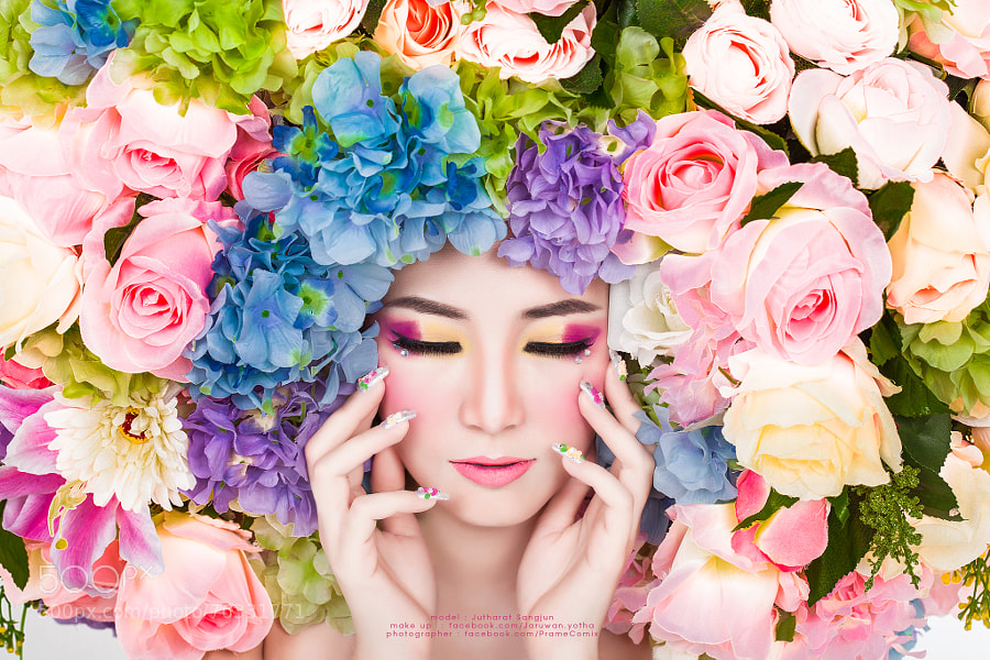 Photograph Joy : floral fashion by PrameComix PloyStudio on 500px