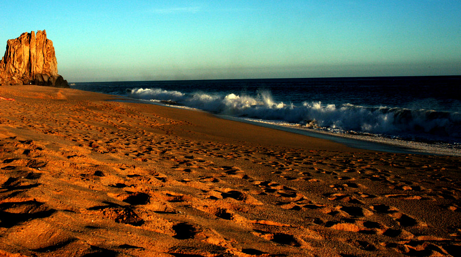 Cabo Mountain and waves