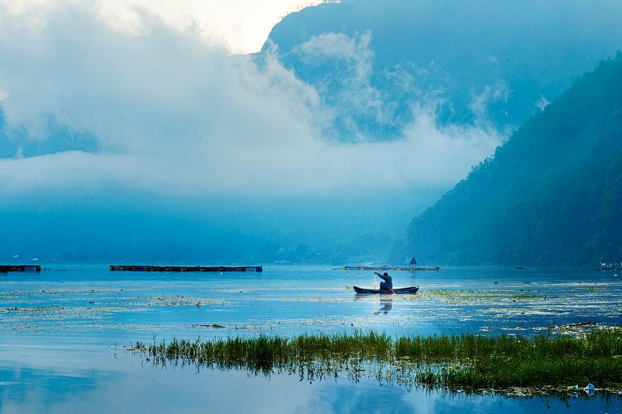 Morning Fishing, Lake Batur by Vidhya Thiagarajan on 500px