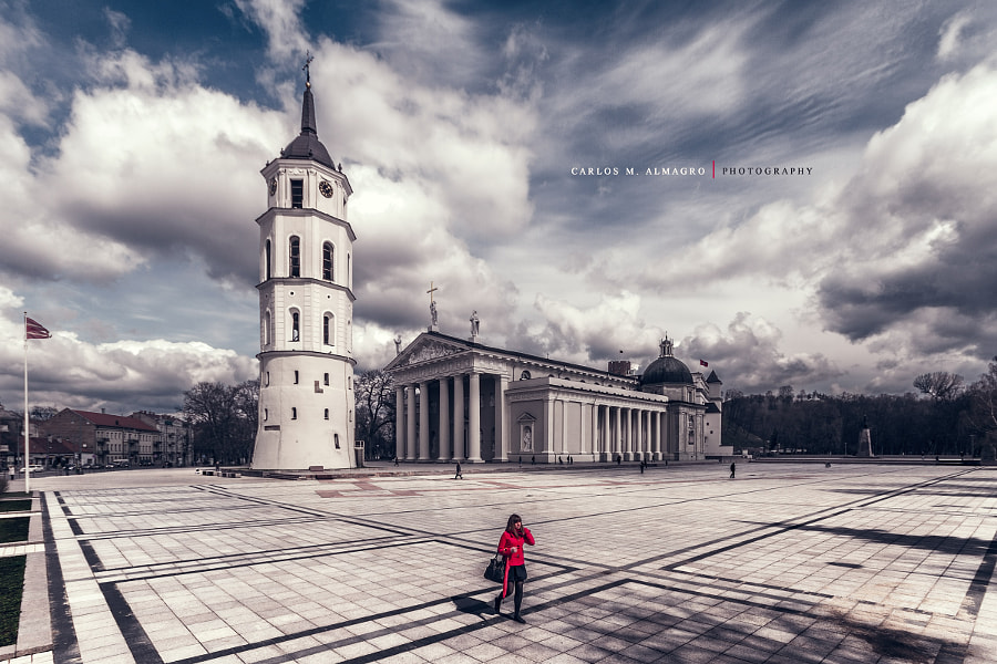 Vilnius girl by Carlos M. Almagro  on 500px.com